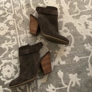Sole Society Booties Dark Gray 5.5